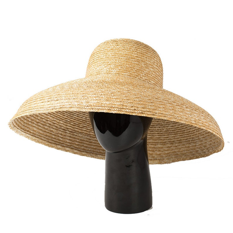 Women's Vintage Hats | Old Fashioned Hats | Retro Hats European and American vintage elegant bowl-shaped straw hat lady hat in summer sun block hat. $56.00 AT vintagedancer.com