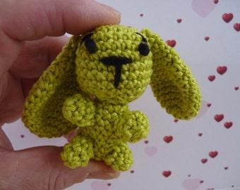 bunny, rabbit crochet keychain