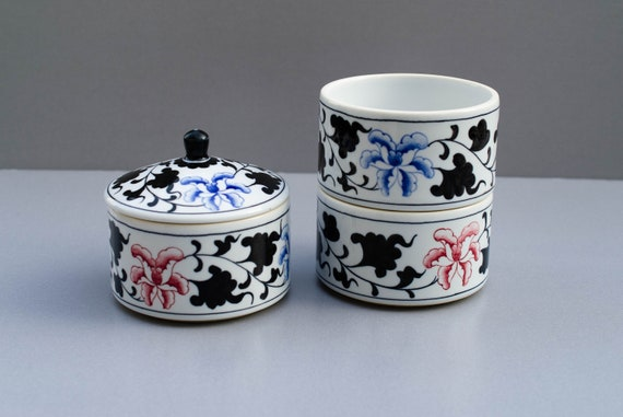 Pretty Japanese Stacking Trinket Jewellery Boxes Ceramic Stackable Storage White REd Blue Gold Floral Oriental Home Decor