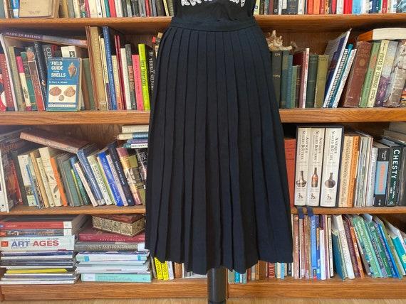 1980s Jones New York Wool Pleated Skirt