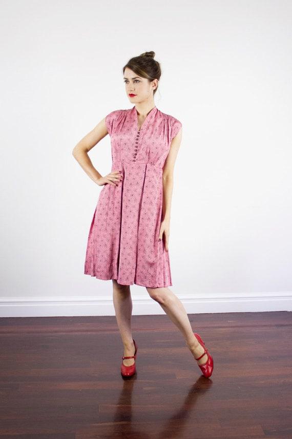 SALE Vintage 1940s Pink Abstract Dress / Button De