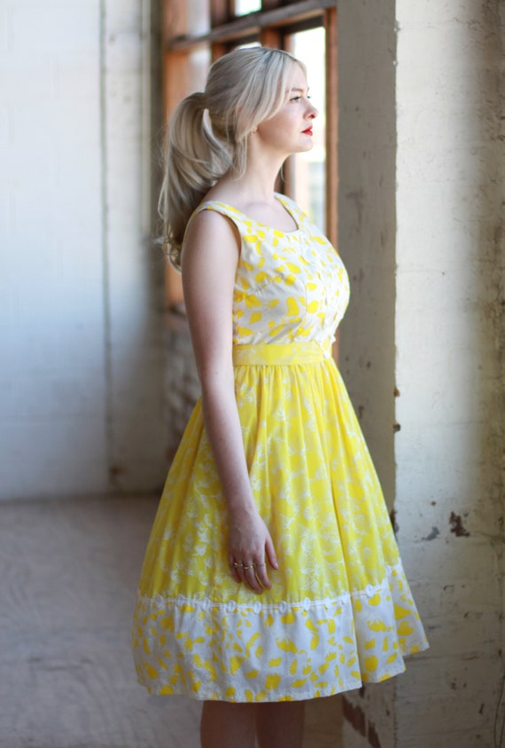 Vintage 1950s Strawberry Print Dress / Yellow Cott