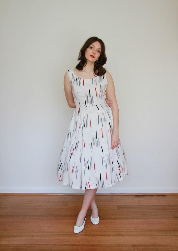 Vintage 1950s ATOMIC Novelty Print Dress / Full S… - image 5