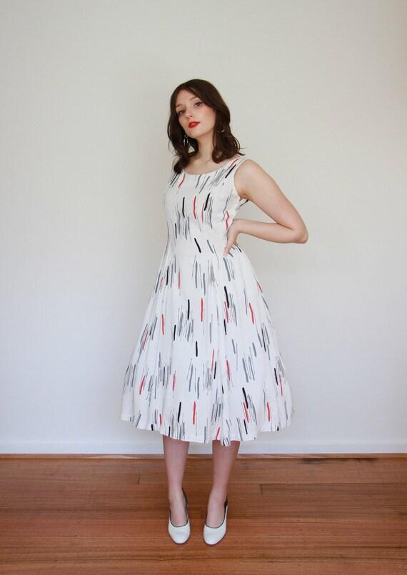 Vintage 1950s ATOMIC Novelty Print Dress / Full S… - image 2