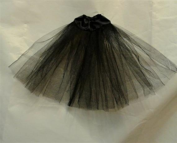 pettcoat// skirt msd sized ellowyne varigated blush// black
