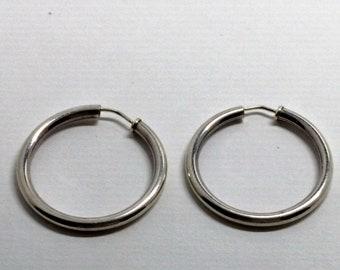 Vintage  Sterling Silver Hoop Earrings 1 1/4 inch