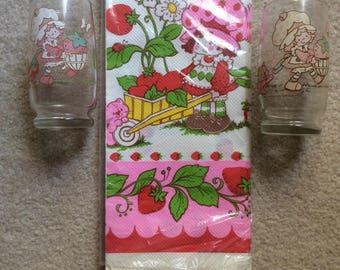 Strawberry Shortcake Glasses & Tablecover