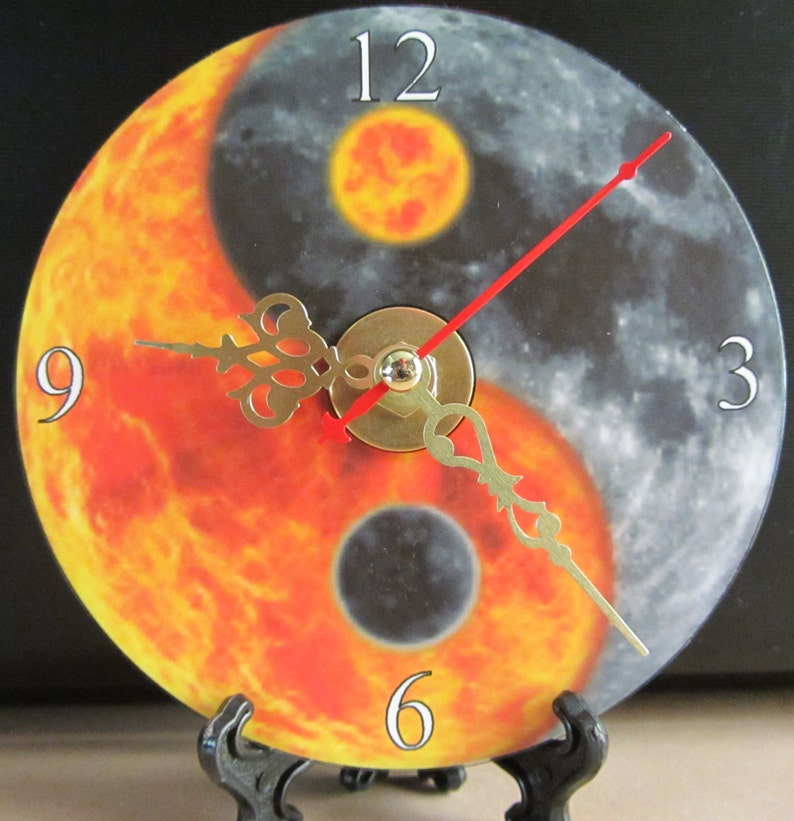 Brand New Moon Fire Yang Awesome Cd Nice Lava Clock Yin dCeBox