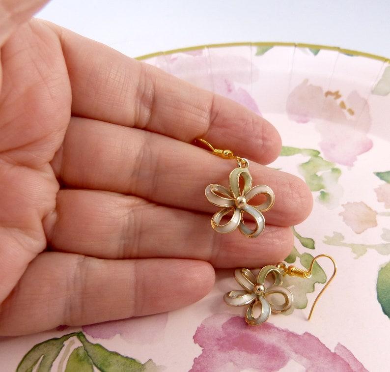 Unique Pretty Unique Metallic Pastel Colour Flower Earrings Beautiful Rich Pale Colours Girlfriend Gift Flower Earrings Mother/'s Day