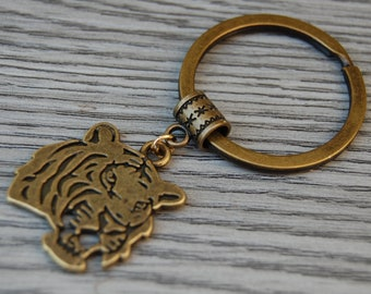 1x Vintage Brass Tiger Pendant charms Key chain Clothing Bag Jewelry Decor Parts