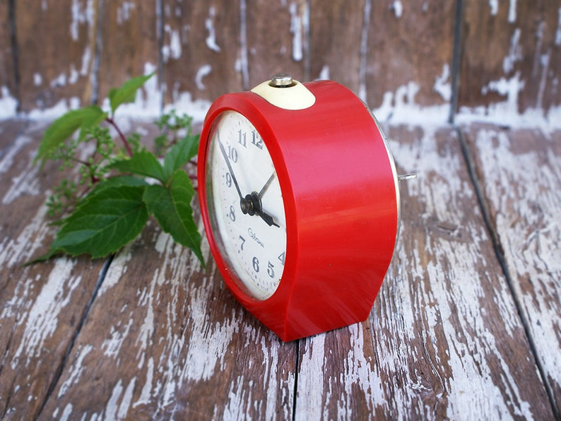 Red Soviet Vintage alarm clock SEVANI from Soviet Armenia ...