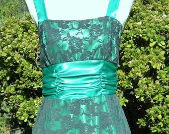 Long green vintage dress, long black vintage lace dress, green evening dress, green midid dress, prom dress, summer dress,  size uk 10 usa 8
