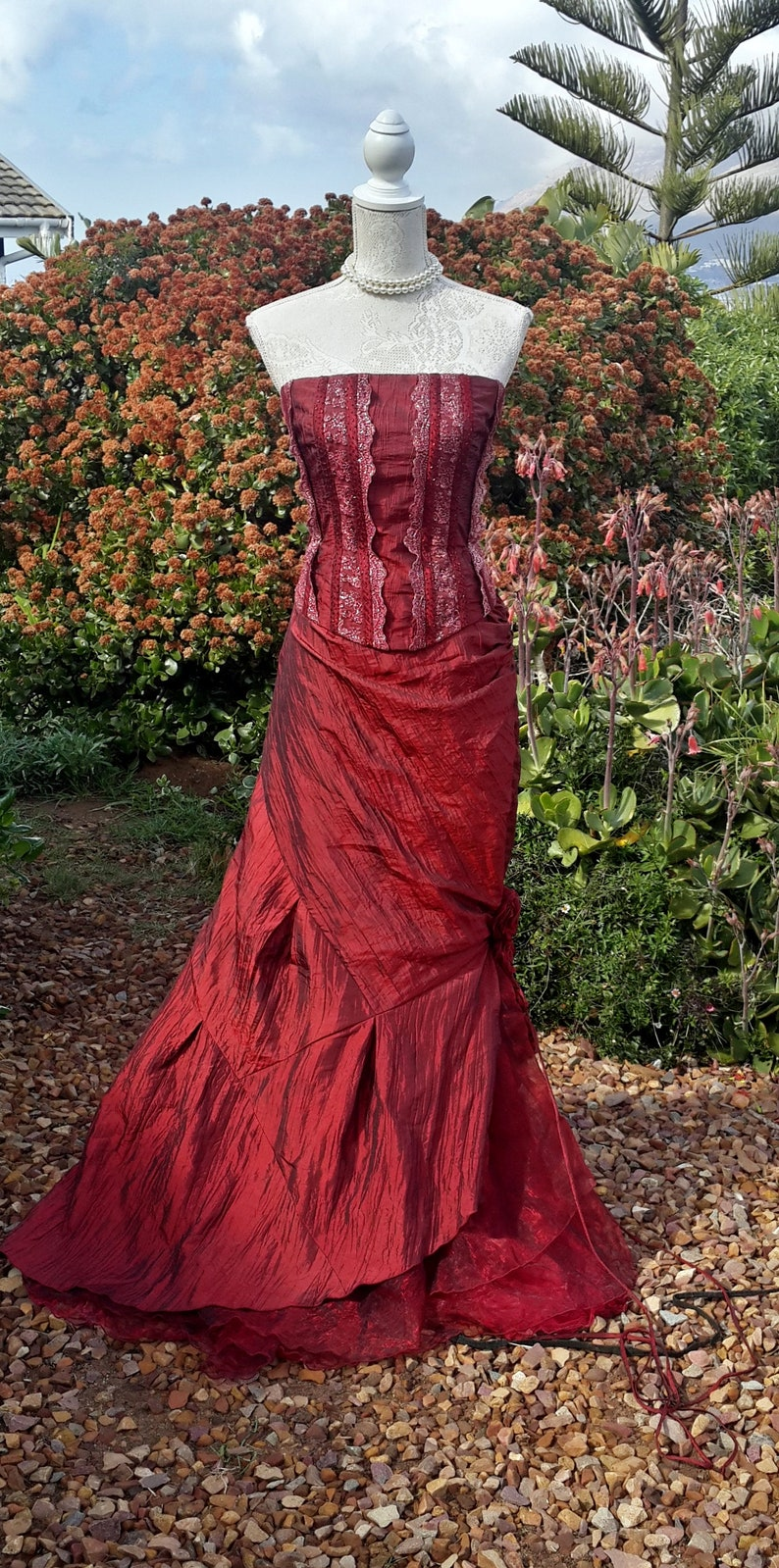 921fd1b462 Long red skirt and corset evening set victorian red