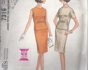 McCall's 7319 Junior Petite Two Piece Dress from 1964, Slim Skirt