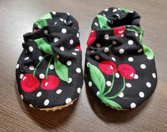 Cherry Booties, cloth booties, baby booties, soft soled shoes, baby footwear, cloth moccasins, child shoes, tula accessories