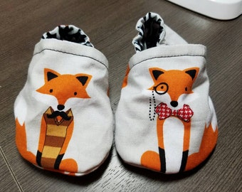 fox booties, cloth booties, baby booties, soft soled shoes, baby footwear, cloth moccasins, child shoes, tula accessories, fox