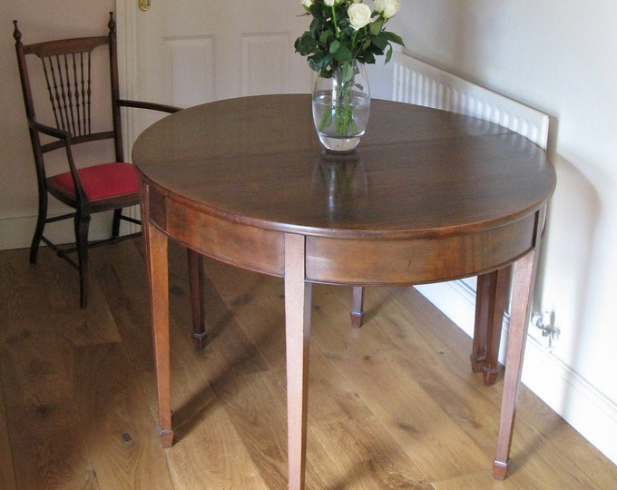 Georgian Mahogany D-End Dining Table with Single Extension Piece