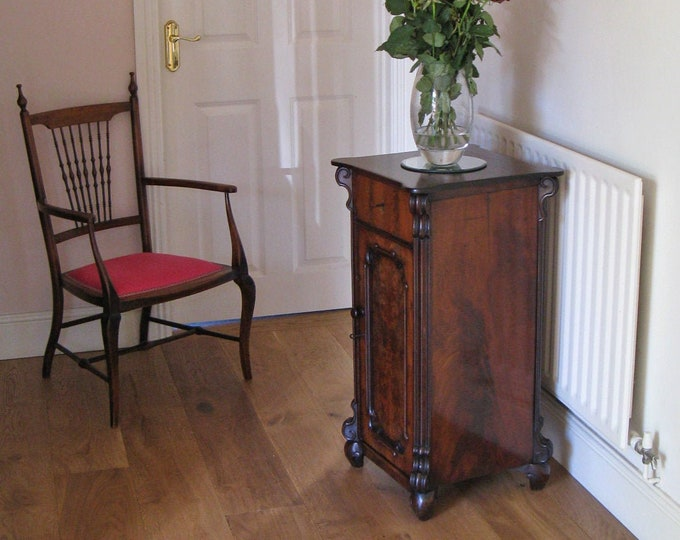 19thC French Mahogany Side or Bedside Cabinet with Single Drawer & Cupboard