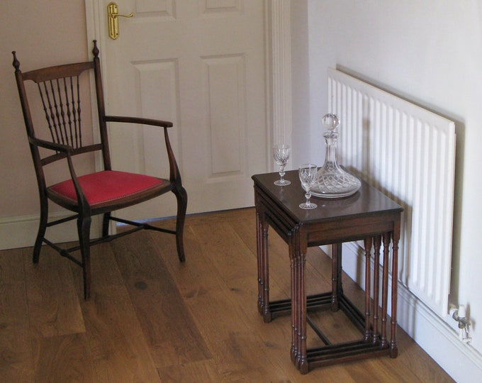 Late Victorian Mahogany Quartetto Nest of Tables