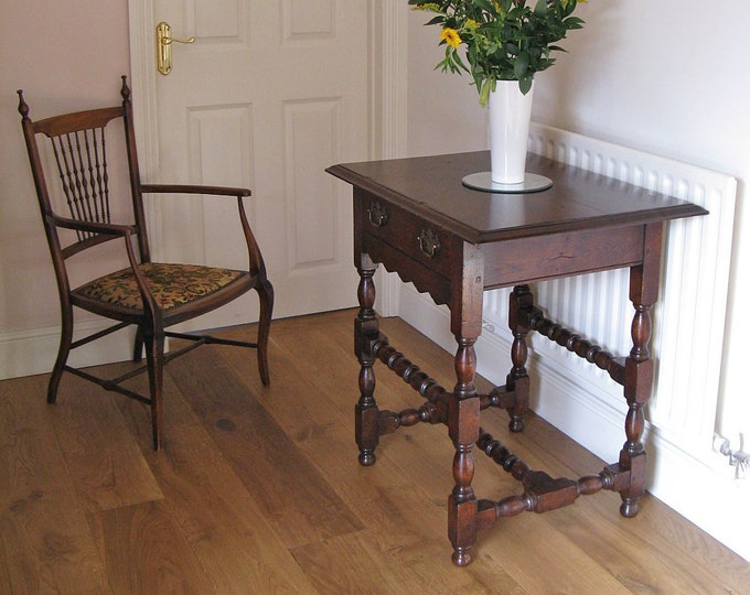Bespoke 17thC Style Peg Jointed & Bobbin Turned Oak Side Table