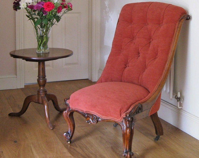 Victorian Mahogany Show-Frame & Button Back Lady's Slipper Chair