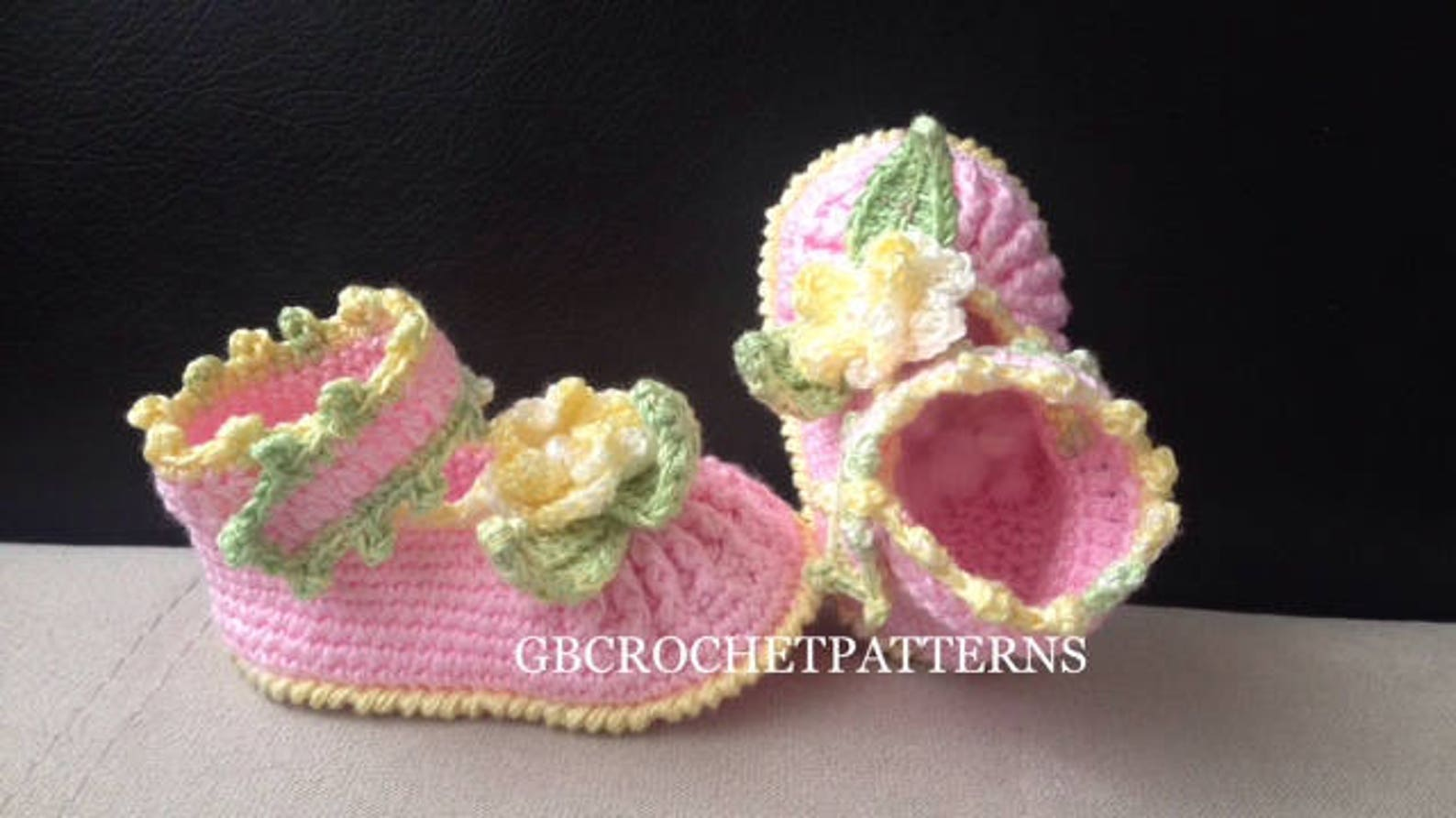 crochet pattern baby summer/spring shoes, baby shower shoes, ballet shoes pattern, baby shower shoes, lots of photos, aurash11