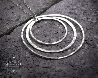 Geometric necklace ,minimalist necklace, silver triple circle necklace.
