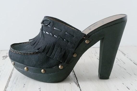 Vintage L.E.I. Clogs · Mules · Womens Shoes · 199… - image 2