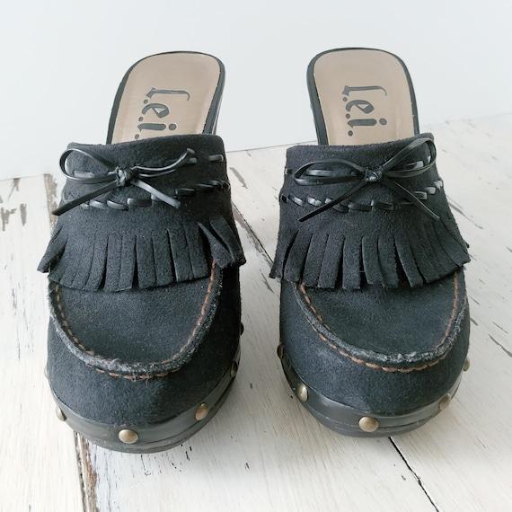 Vintage L.E.I. Clogs · Mules · Womens Shoes · 199… - image 4