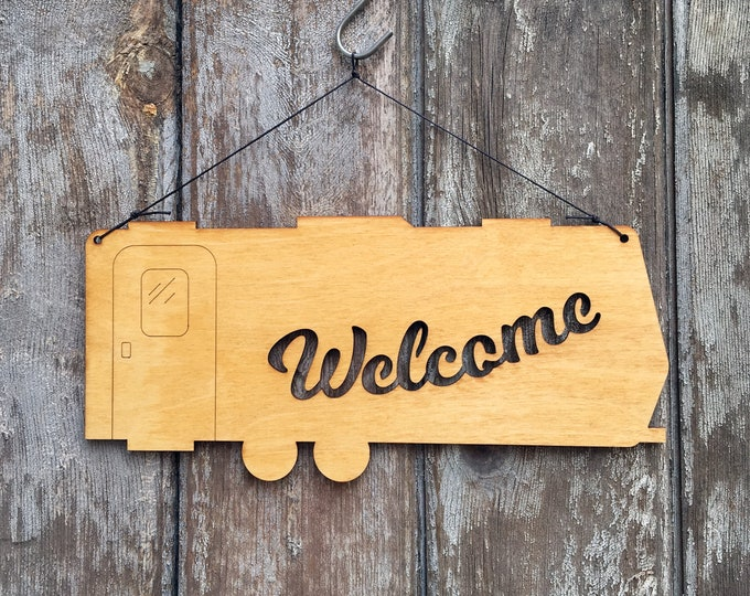 Camper Welcome Sign- Rustic Wall Art - Trailer Wall Art - Travel Trailer Decor - Welcome Home - RV Art - Welcome Sign - RV Gift