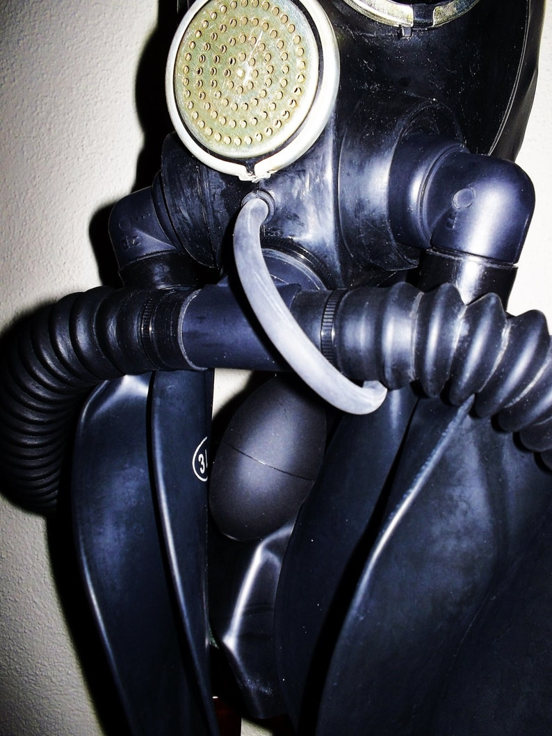 Fetish heavy rubber latex gas mask hood w dark tinted lenses