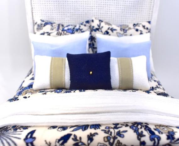 Miniature Handmade Brown Plaid Bedspread//Comforter  /& 6 Pillows
