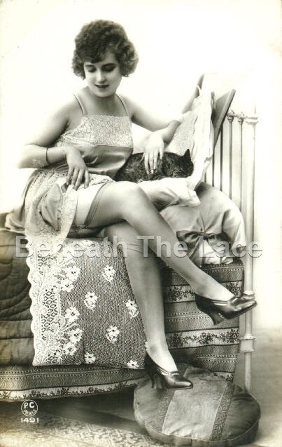 1960s Vintage Risque Polaroid Photo~Teri Martine~Tied Up