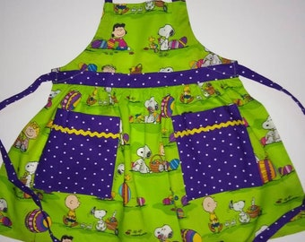 Girl/'s Easter apron in 3 sizes