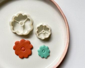 Polymer clay shape cutter   flower botanical studs earring cutter   floral small clay earring mould  embossing earring stamp  STUDS MARIGOLD