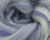 Clear Sky Merino/bamboo, 4 oz braid, combed top, roving, spinning fiber
