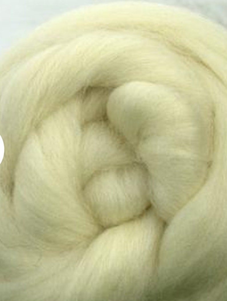 1 lb White Jacob combed top roving spinning fiber felting image 0