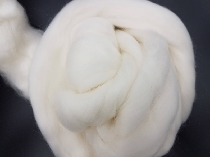 1 lb White Polwarth combed top roving spinning fiber image 0