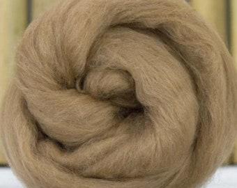 Camel, 4 oz braid, combed top, roving, hand spinning fiber, luxury fiber