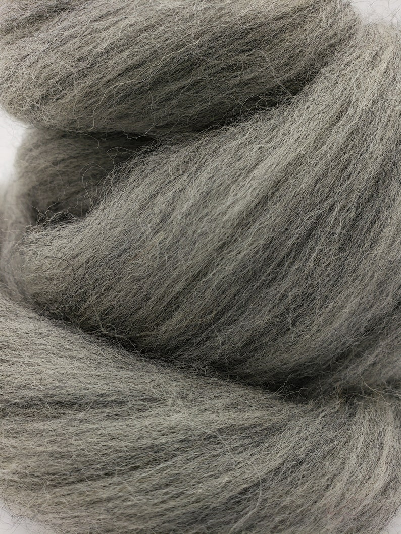 wool by the pound roving spinning fiber 1 lb Grey Corriedale combed top