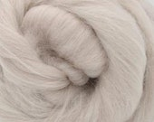 Fawn Alpaca/Merino, 4 oz braid, combed top, roving, hand spinning fiber