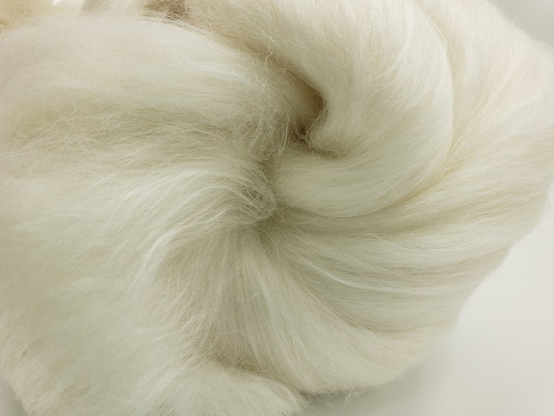 4 ozs Polworth/Mulberry silk combed top 80/20 blend roving image 0
