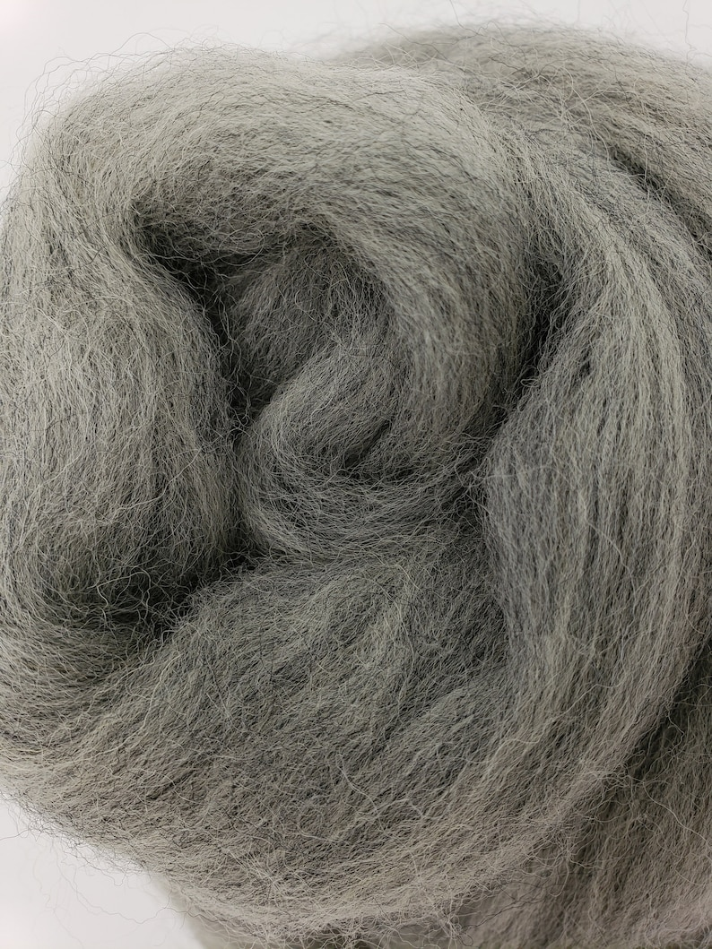 1 lb Grey Corriedale combed top roving wool by the pound image 0