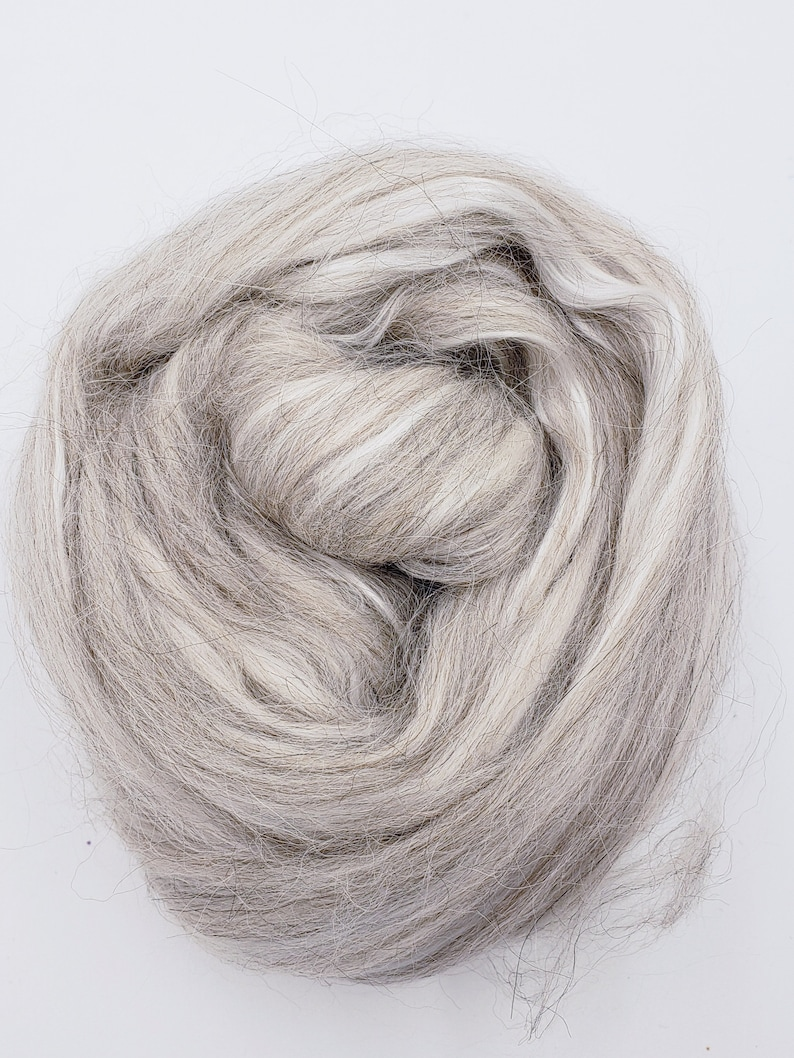 Grey alpaca/silk 4 oz braid combed top roving spinning image 0