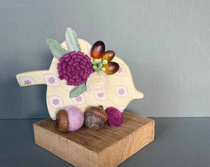 Shelf sitter or tiered tray farmhouse distressed block - Acorn with felt flowers and mini acorns