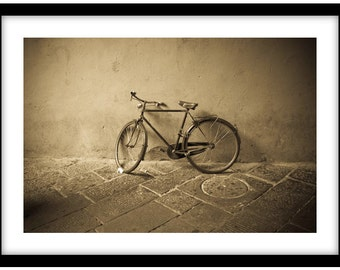 Bike in Lucca, Tuscany, Italy. Black and White Fine Art Photograph printed on 308gsm Hahnemuhle fine art paper (Unmatted)