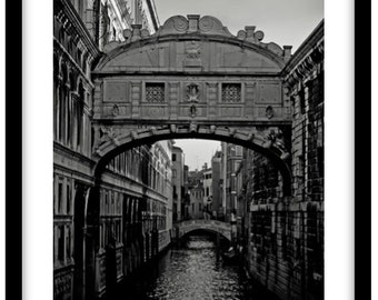 The Bridge of Sighs, Venice, Italy.  Photograph is printed in 308gsm Hahnemuhle fine art paper (Unmatted)