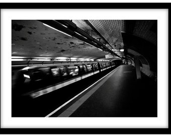 Parisien Underground, France. Black and White Fine Art Photograph printed on 308gsm Hahnemuhle fine art paper (Unmatted)