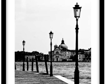 Venice, Italy.  Photograph is printed in 308gsm Hahnemuhle fine art paper (Unmatted)