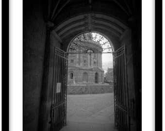 The Radcliffe Camera, Oxford University  -   Photograph is printed in 308gsm Hahnemuhle fine art paper (Unmatted)
